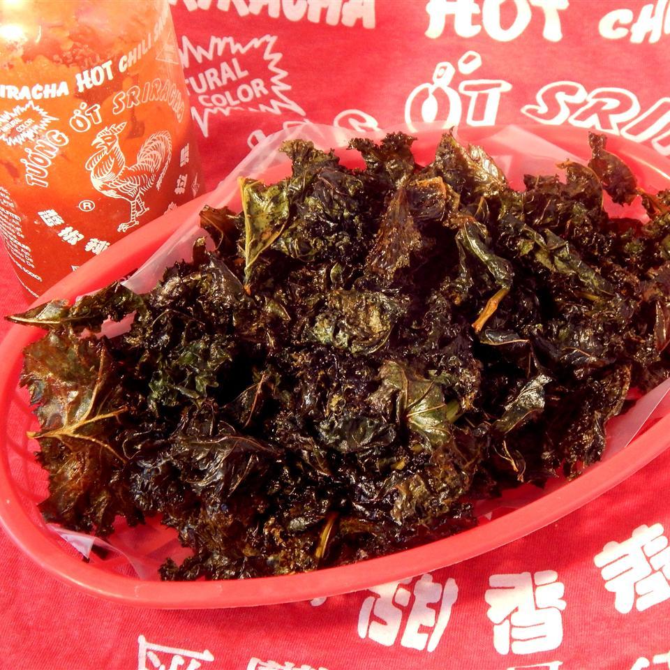 Sriracha-Lime Kale Chips