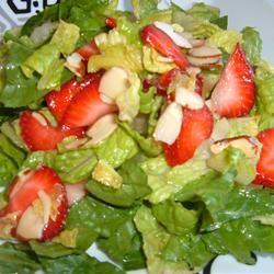 Nutty Strawberry Salad Fit&Healthy Mom