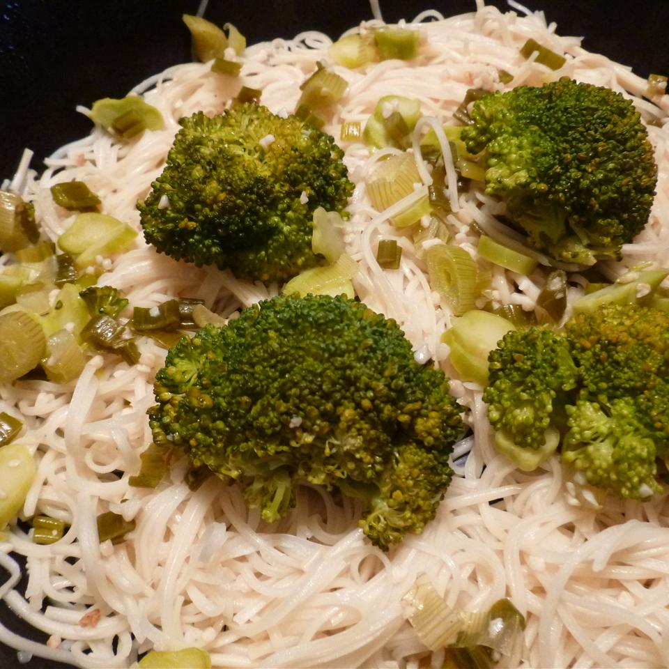 Broccoli Garlic Angel Hair Pasta