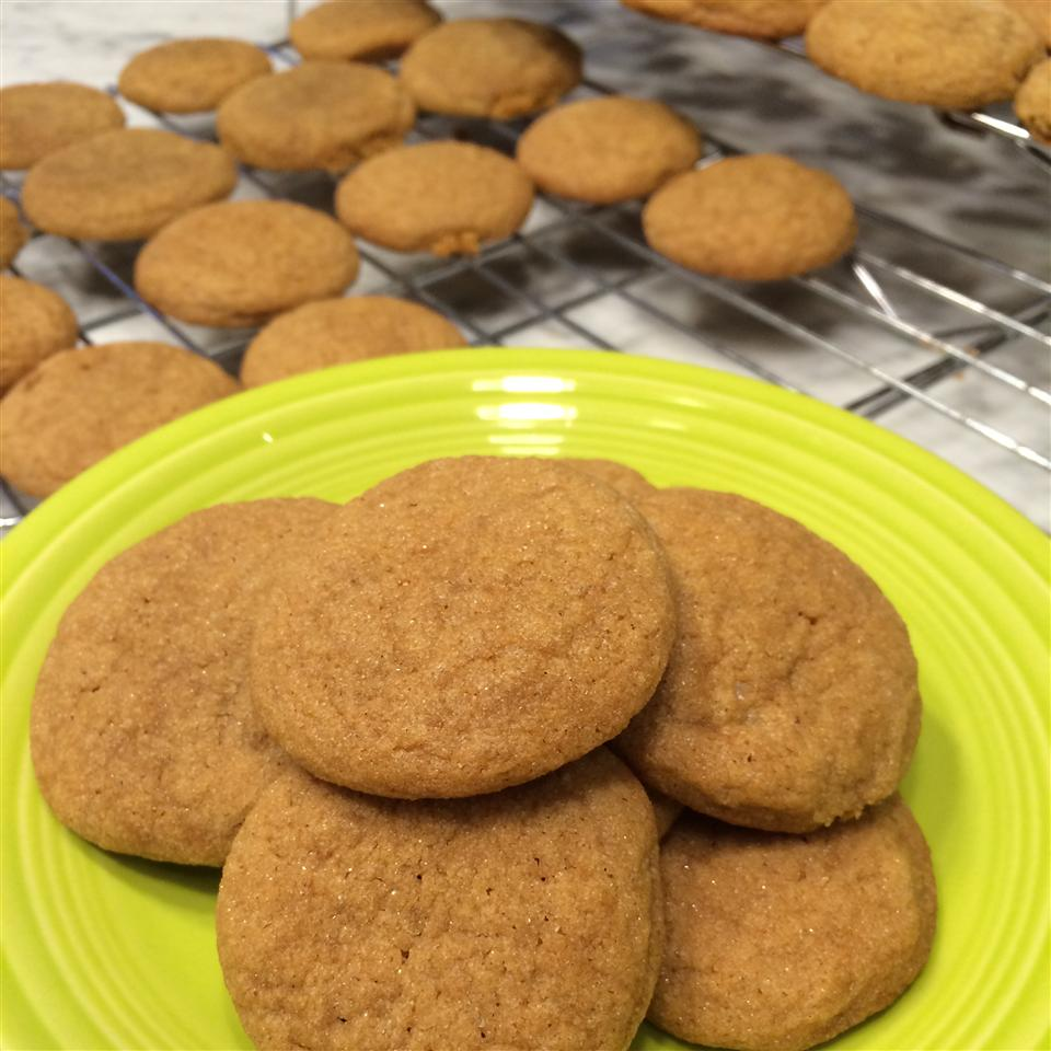 Easy Chewy Ginger Cookies