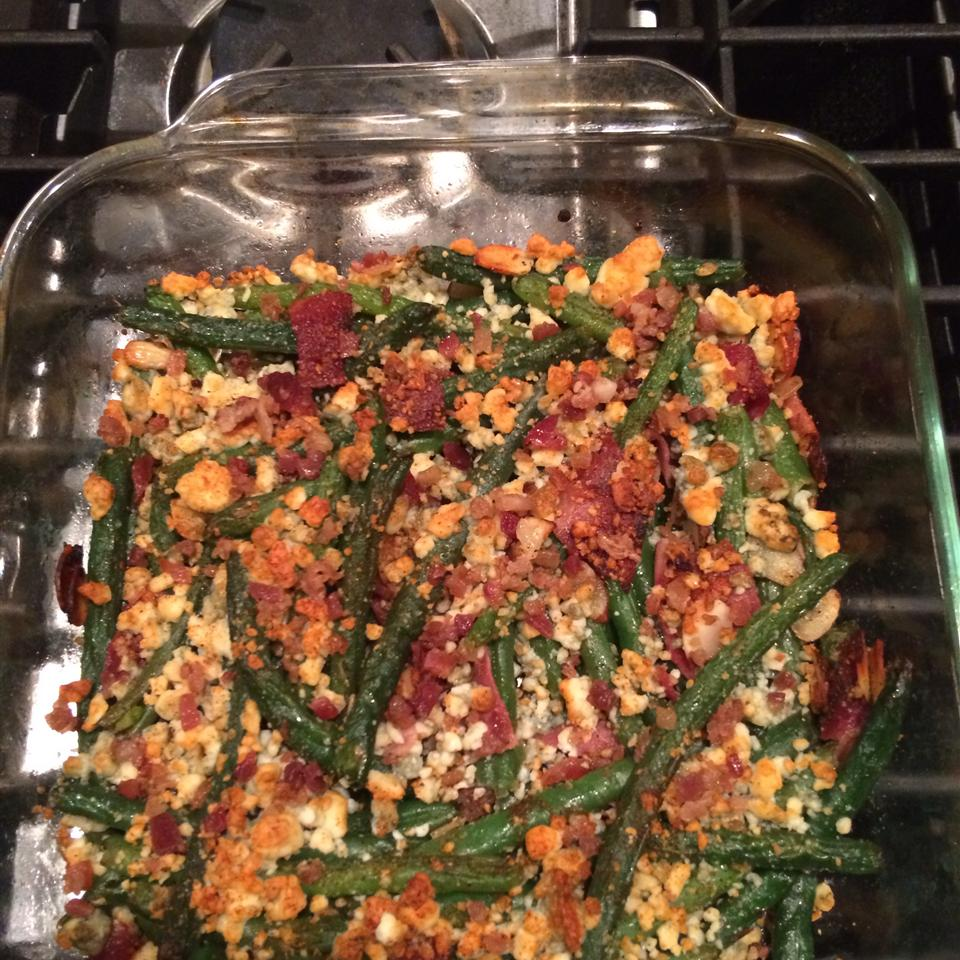 "Green Bean ""Almondine"" with Garlic and Blue Cheese prettyinpinkandgreen"