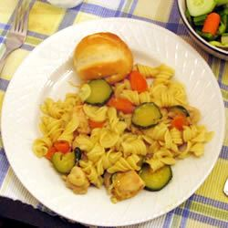 Bow Ties, Zucchini, Carrots, and Chicken SUEMAC7131960