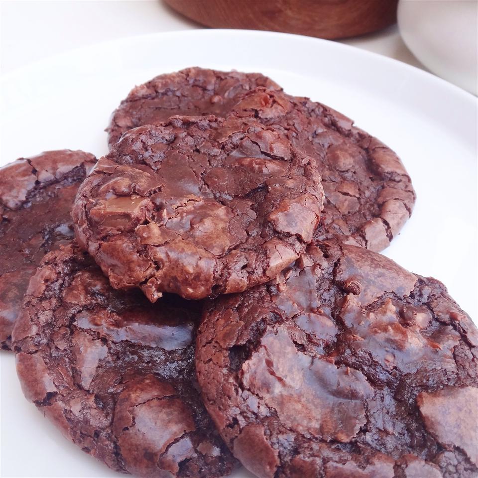Flourless Fudge Cookies catmoore