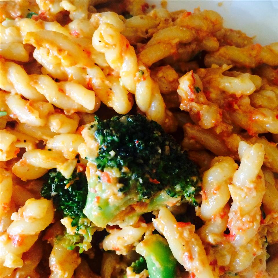 Penne with Red Pepper Sauce and Broccoli Paige Byers Southard