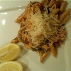 Quick Creamy Spinach and Tomato Pasta Drosemon