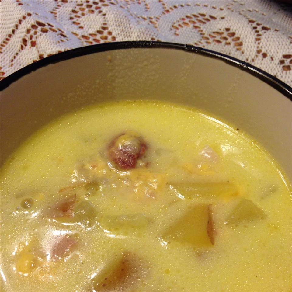 Ham, Potato, and Cheese Soup