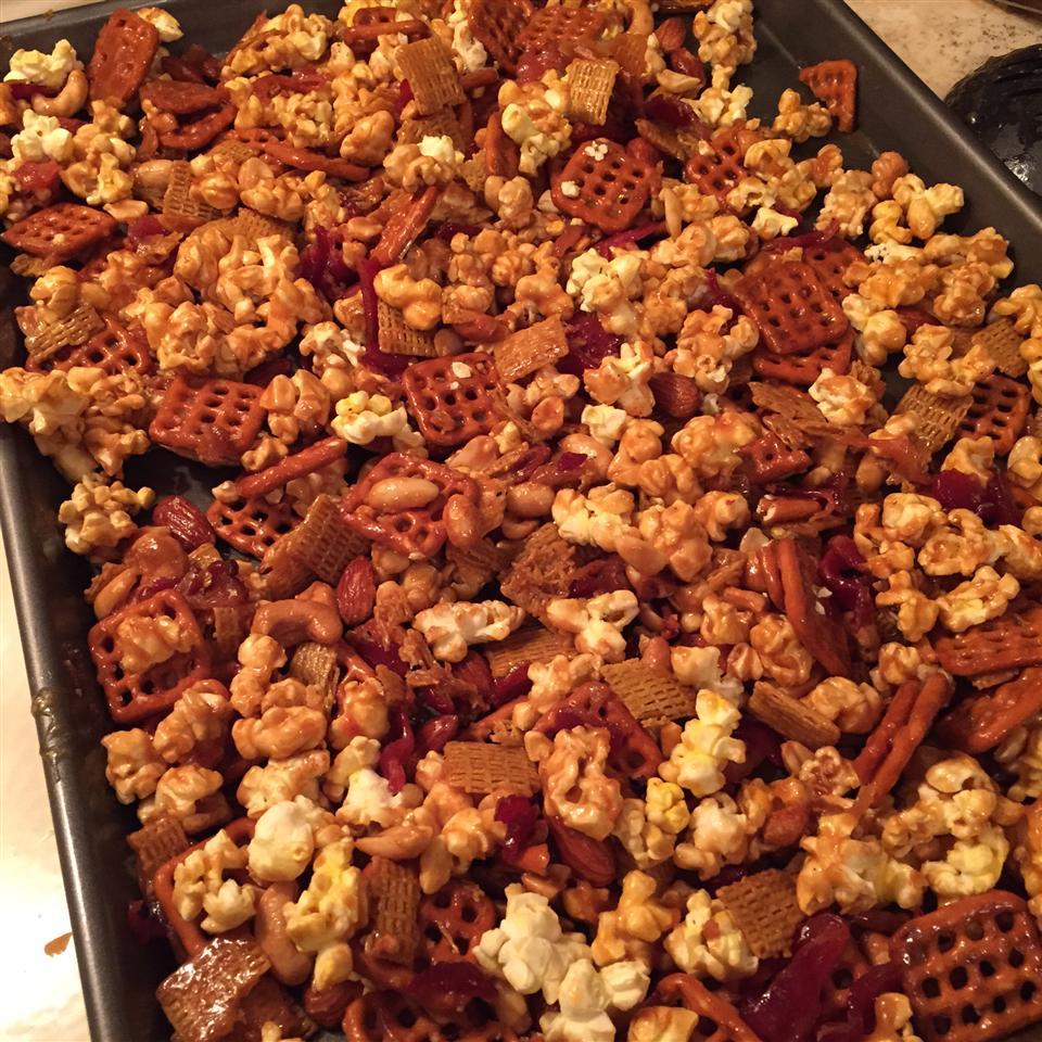DB's Caramel Popcorn Bacon Mix Jenny