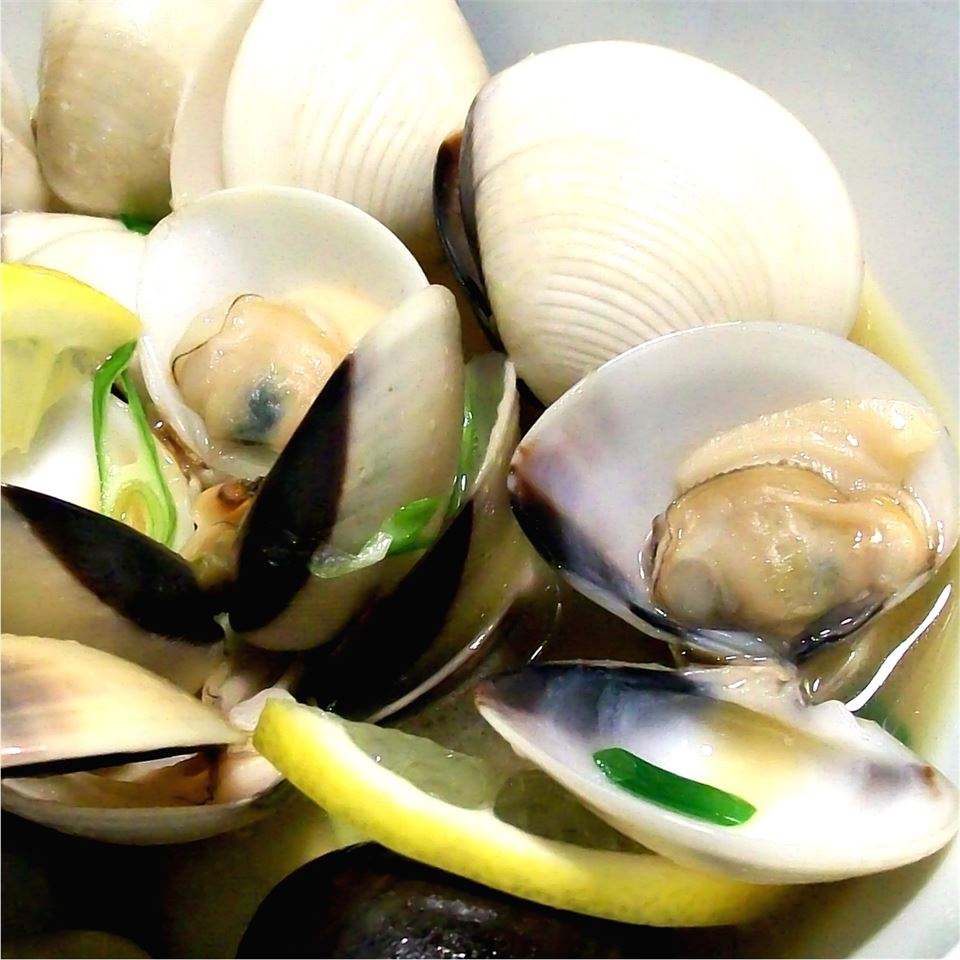 Steamed Clams in Butter and Sake Lilibeth Bernardino Hashimoto
