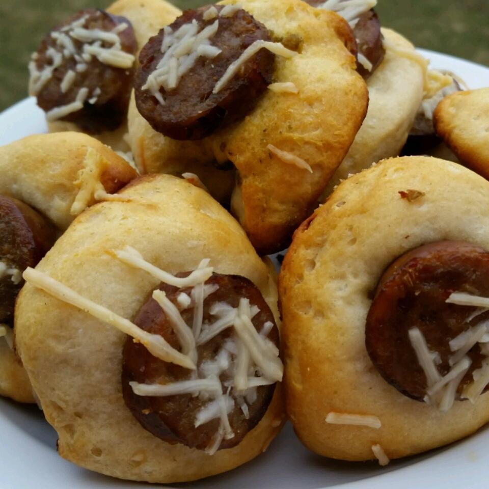 Pesto Sausage Biscuit Bites MarilynHortonDotCom