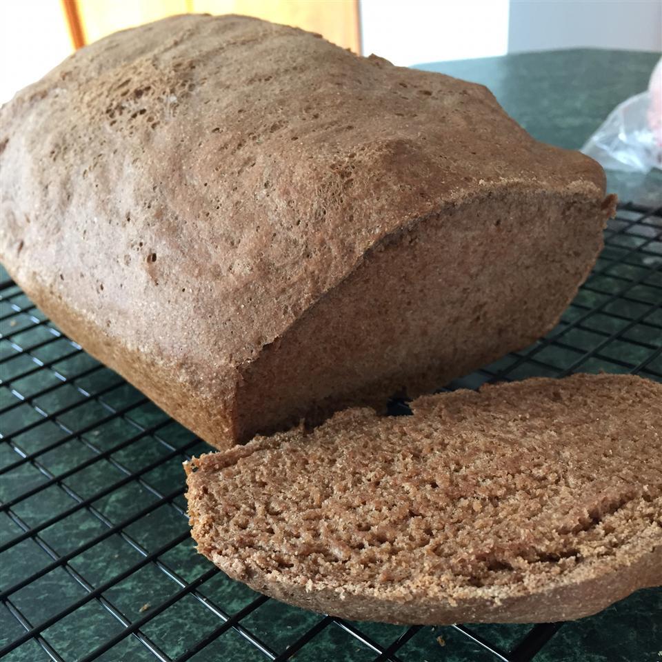 Pumpernickel Rye Bread kwenzelmaier