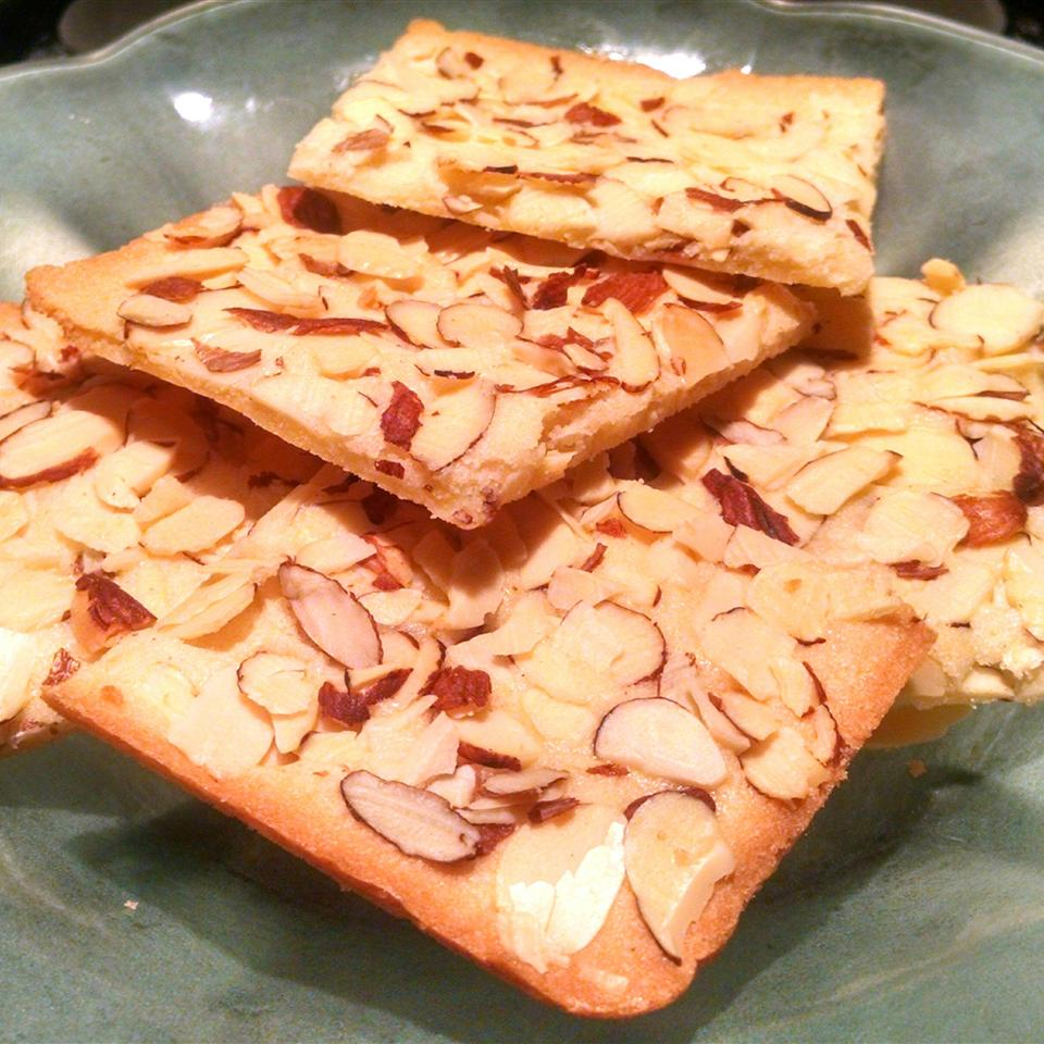 Almond Thins Violet Gibbons