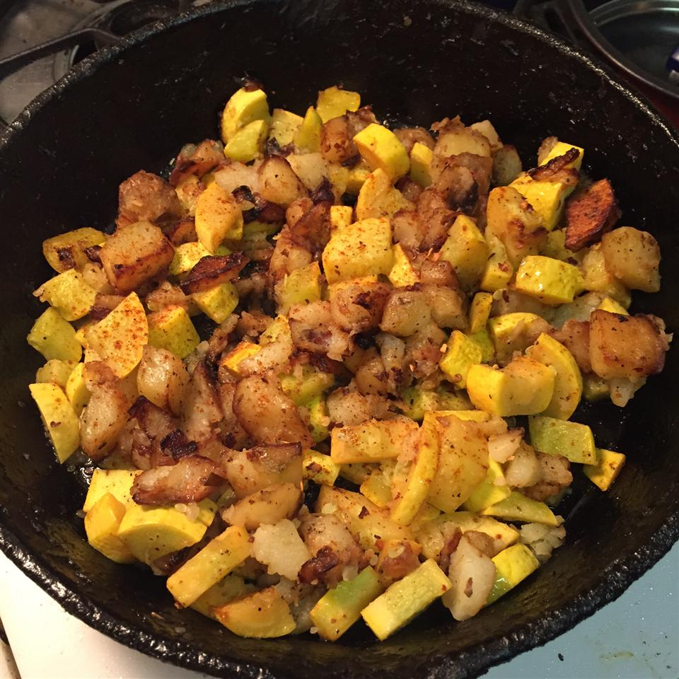 Fried Yellow Squash with Potatoes and Onions jgreenwood9994