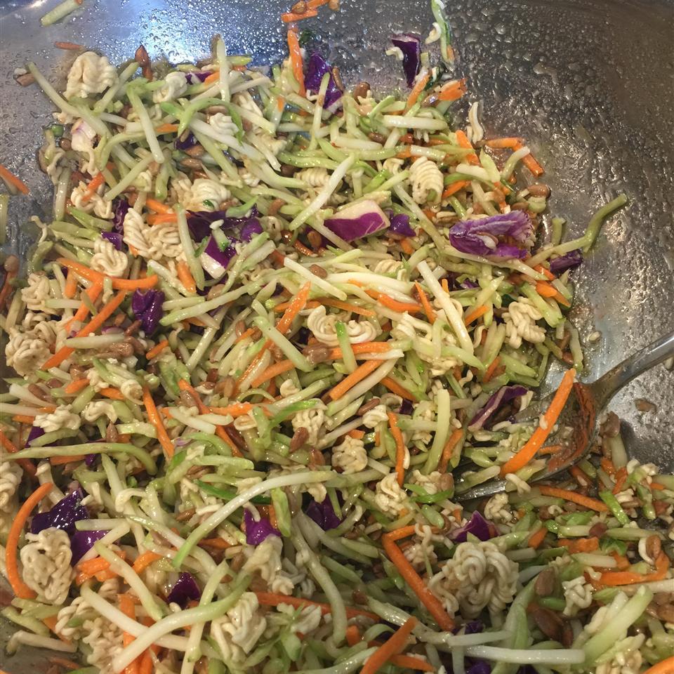 Broccoli and Ramen Noodle Salad lisaandmilo