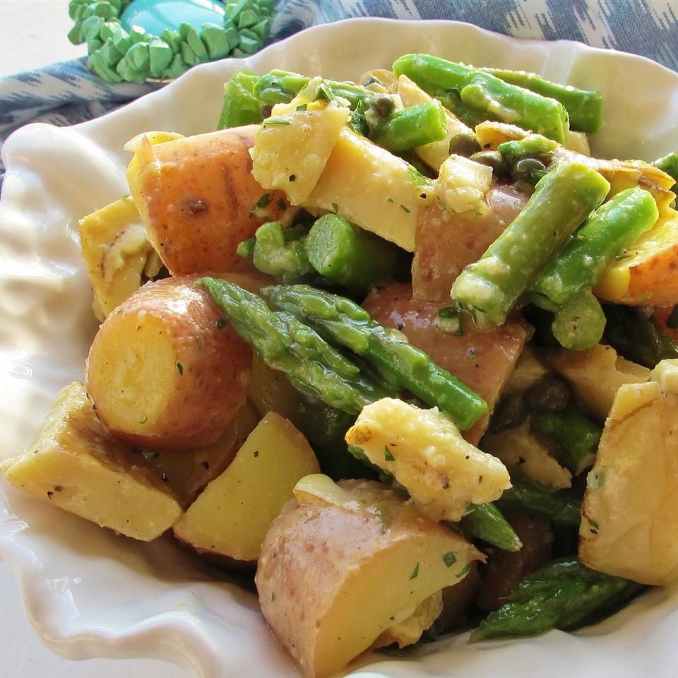 Red Potato, Asparagus, and Artichoke Salad