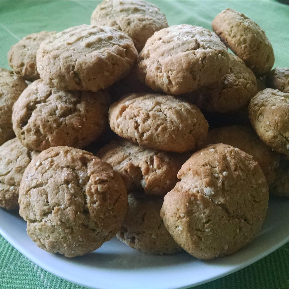 Peanut Butter and Amaranth Cookies Lisa