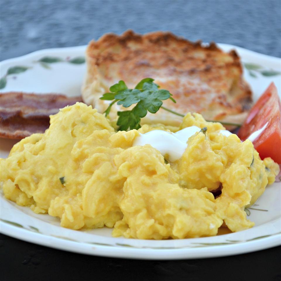 Scrambled Eggs Fraiche