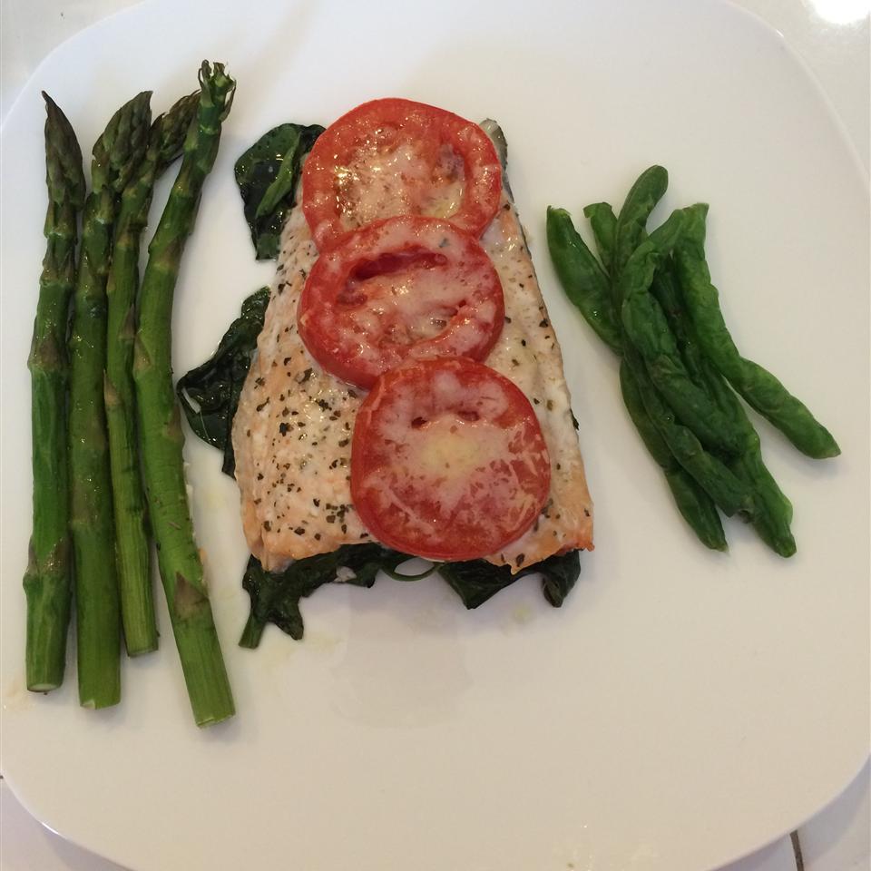 Tomato Basil Salmon richalex22
