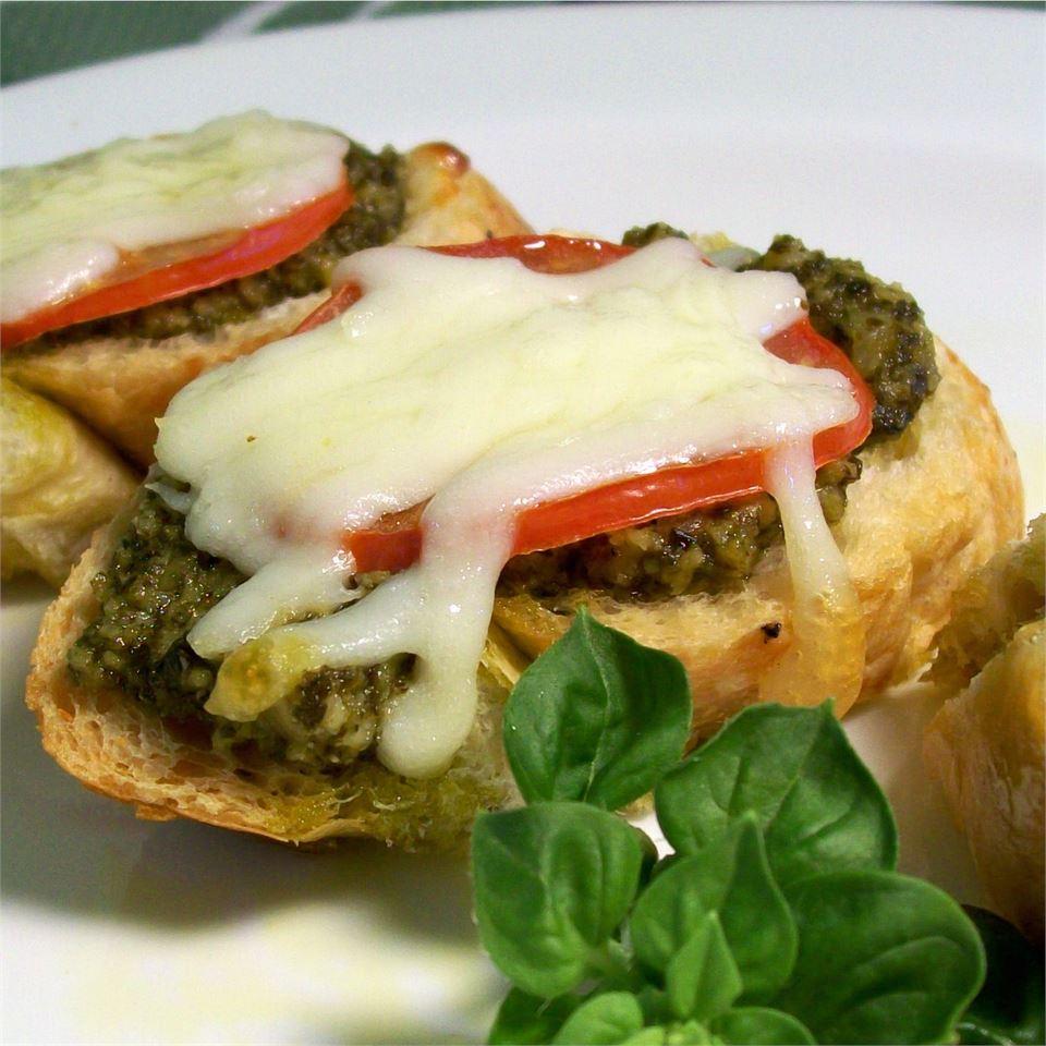 Basil Pesto Bread
