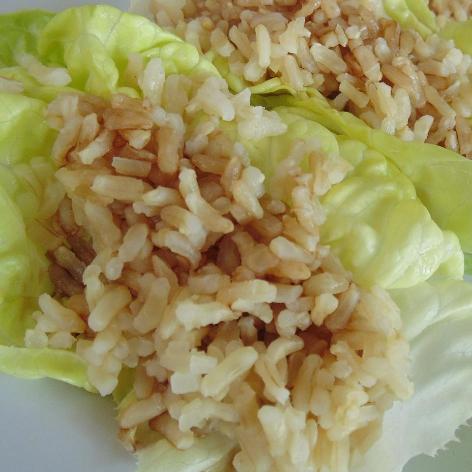 Easy and Simple Vegetarian Lettuce Wraps