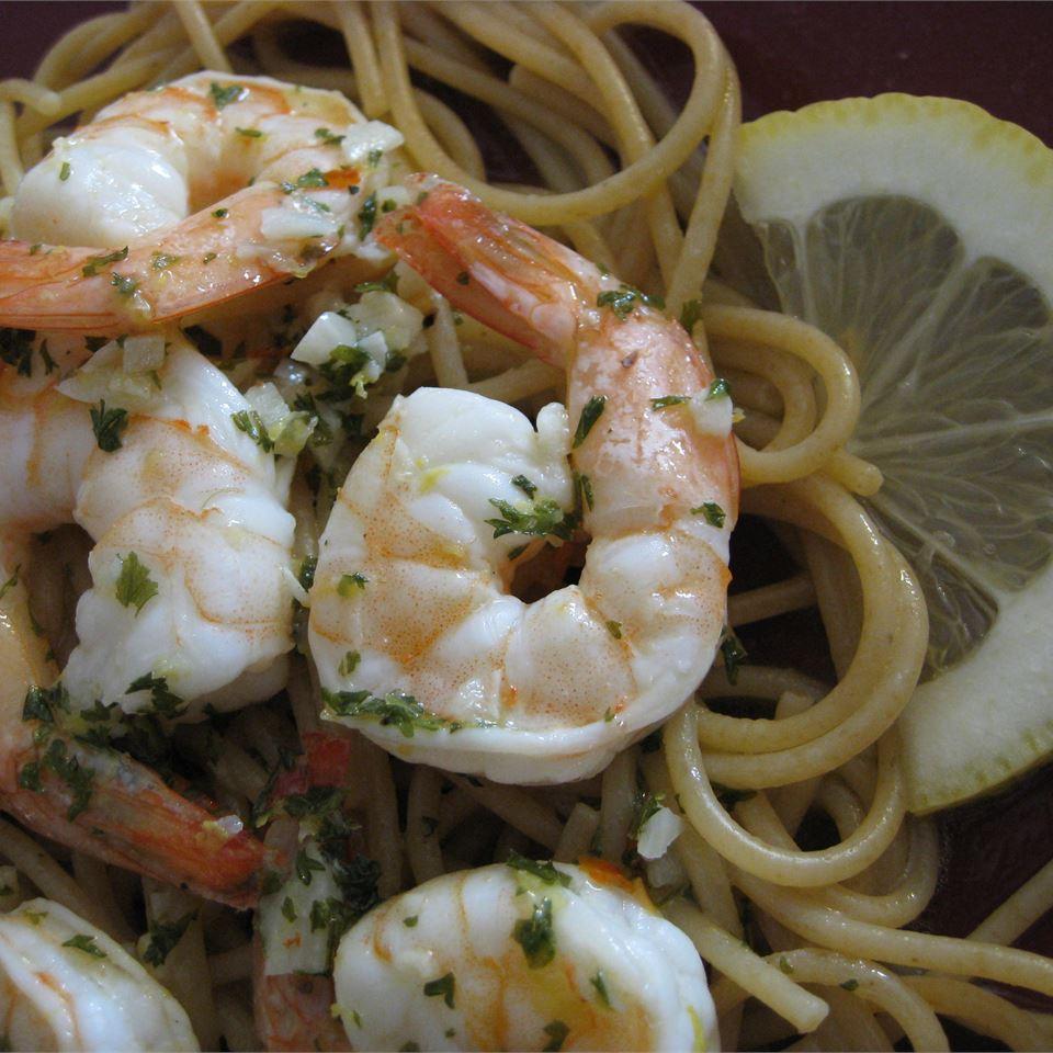 Lemony Garlic Shrimp with Pasta