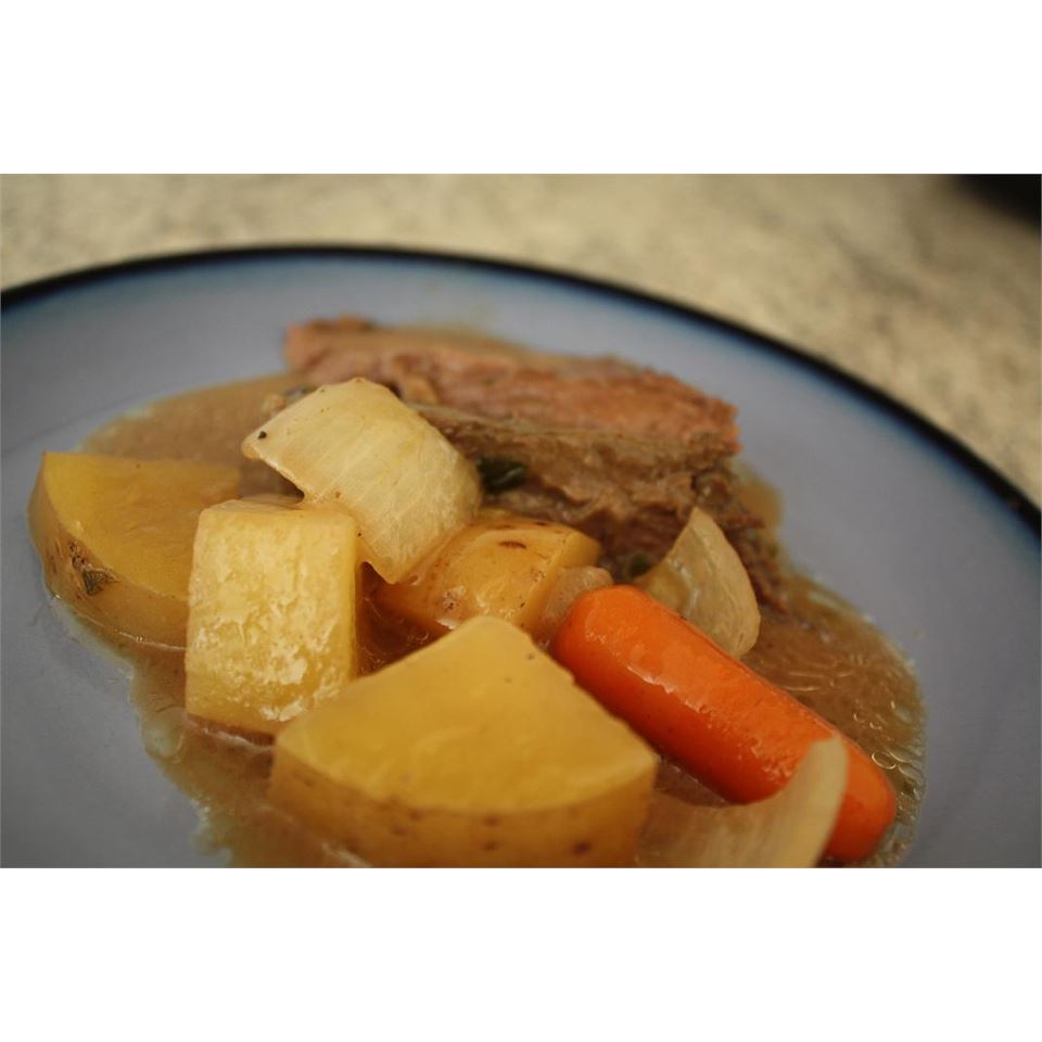 Awesome Slow Cooker Pot Roast Mrs.Vasquez