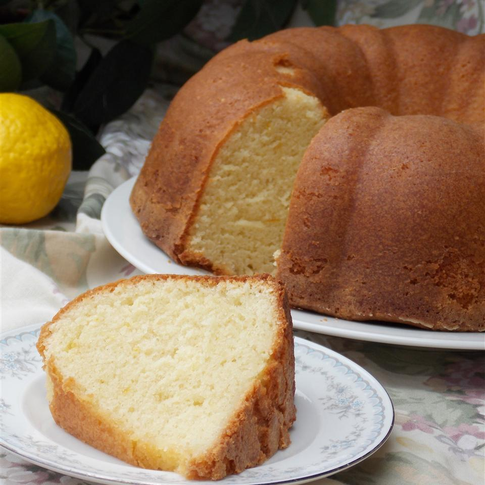 Grandma Ruby's Buttermilk Pound Cake