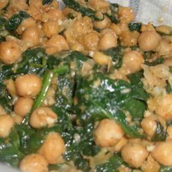 Espinacas con Garbanzos (Spinach with Garbanzo Beans) Sarah Keller