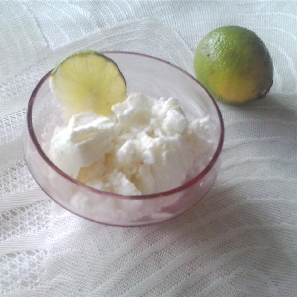 Coconut-Lime Sorbet DiamondGirl amanecer