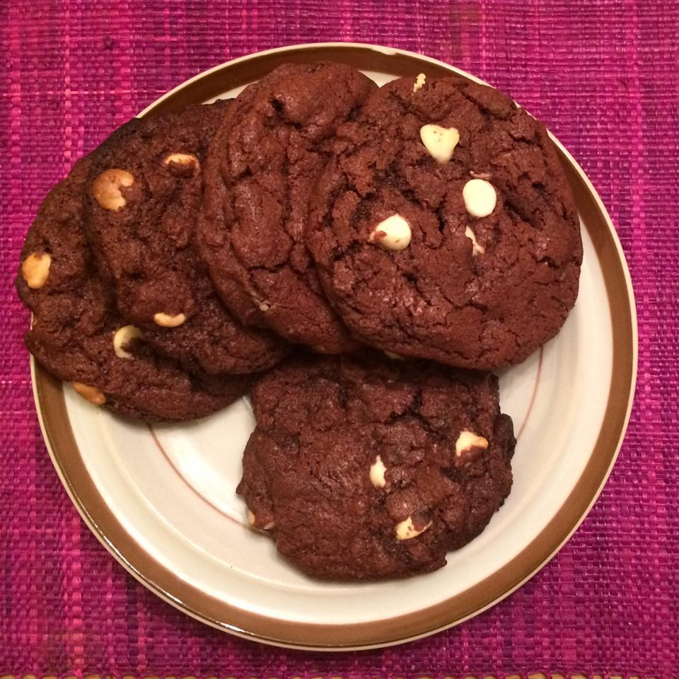 White Chip Chocolate Cookies Elizabeth A.