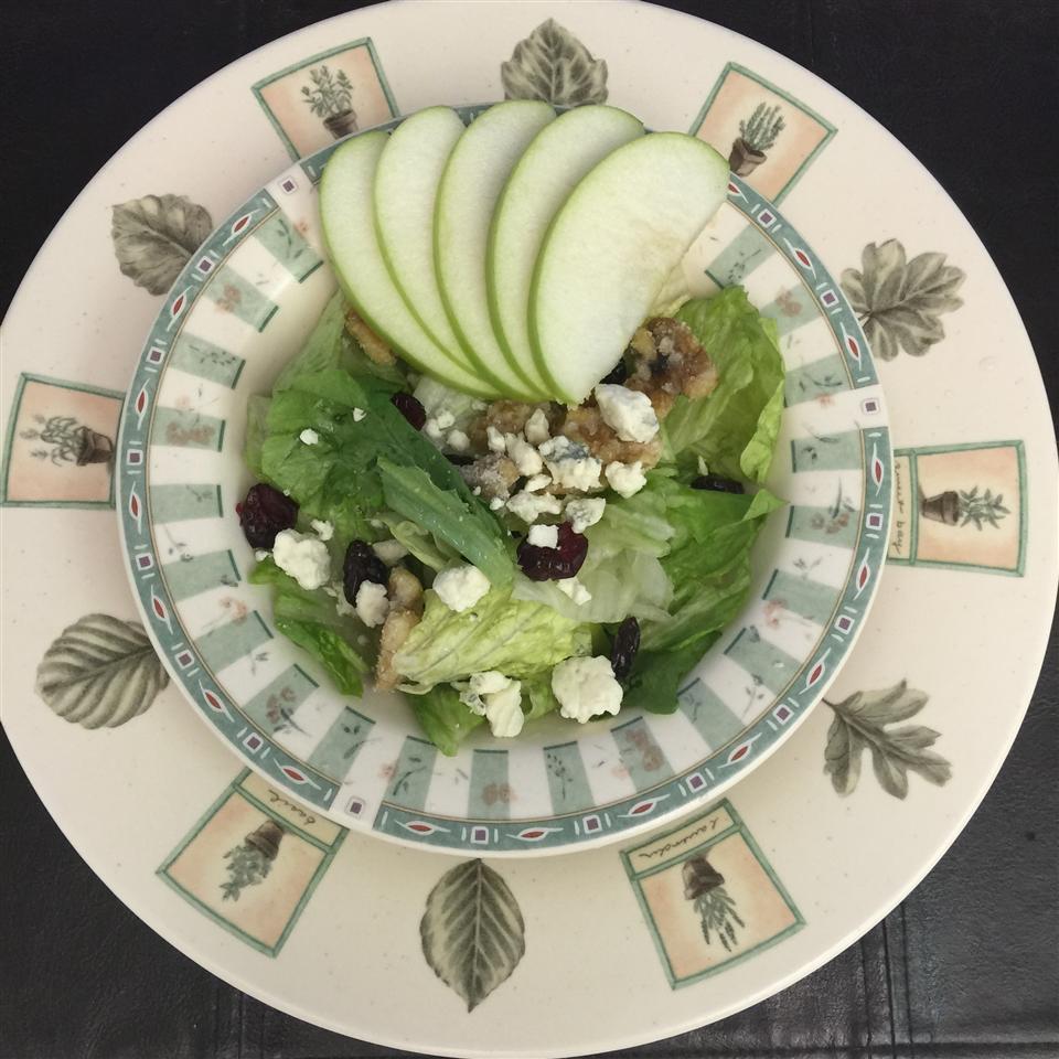 Missy's Candied Walnut Gorgonzola Salad kwinterc