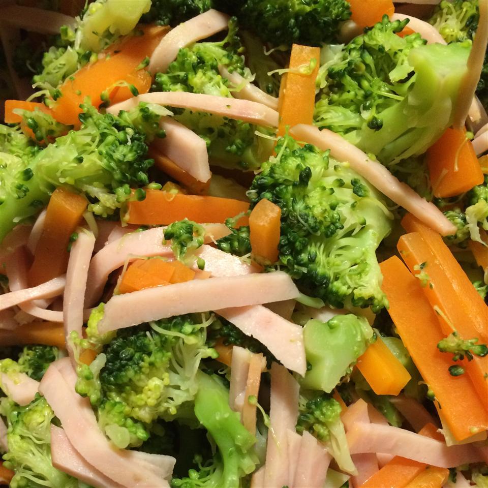 Steamed Broccoli and Carrots with Lemon Mrs Kamaru