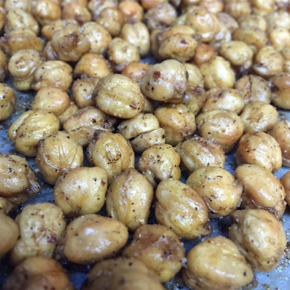 Simple Roasted Chickpea Snack TCab13