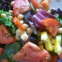 Chickpea Salad with Red Onion and Tomato CPA