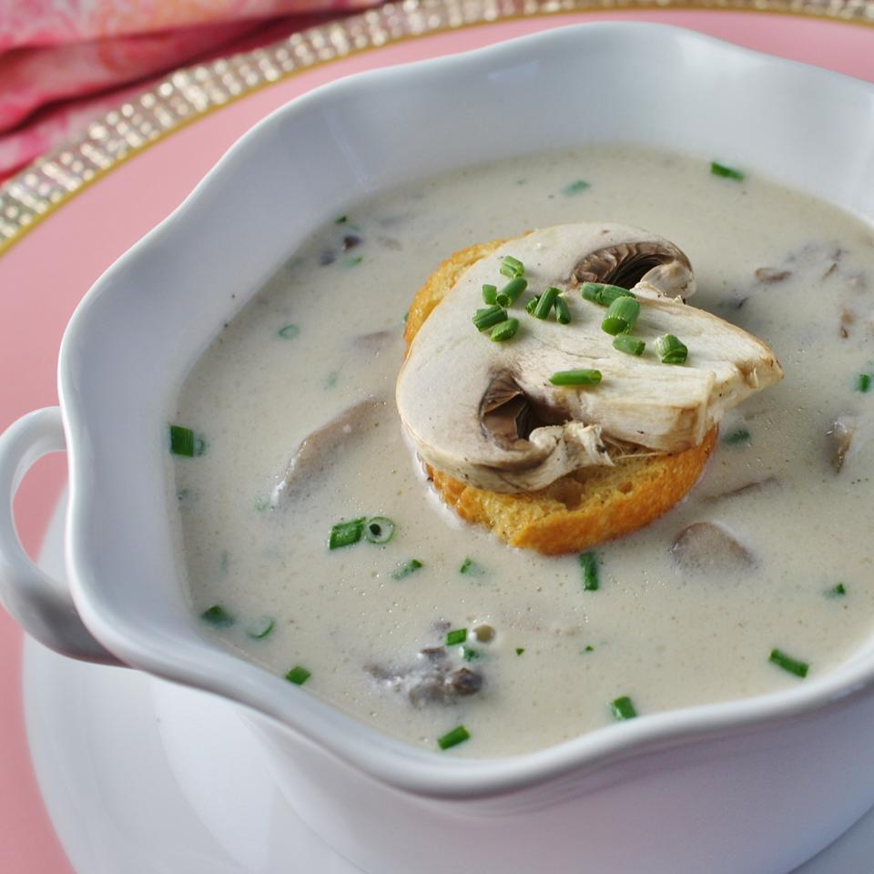 Joe's Homemade Mushroom Soup