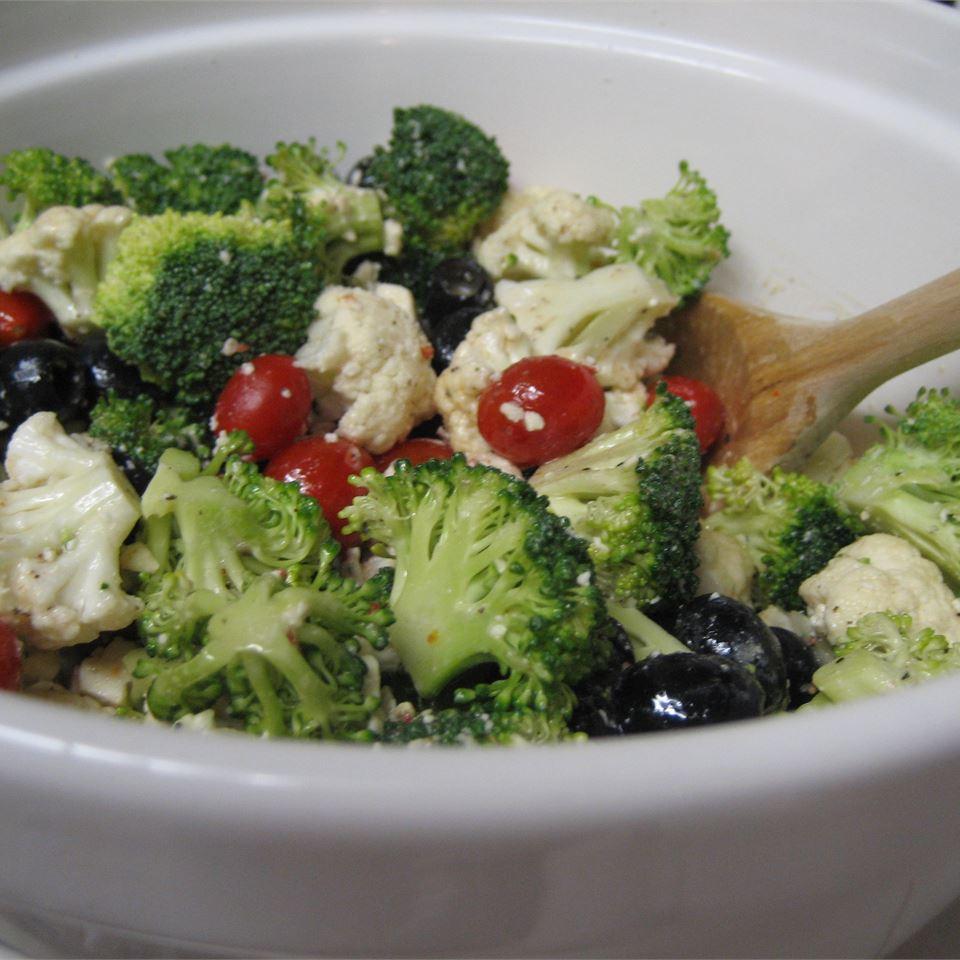 Greek Veggie Salad mjhutch