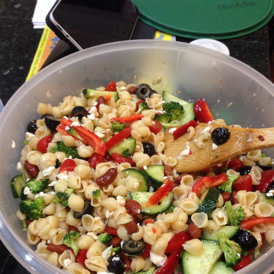 Pool Party Pasta Salad megan handelin
