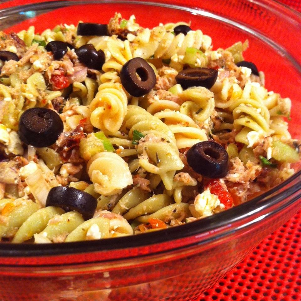 Tuna Souvlaki Pasta Salad Francine Lizotte Club Foody