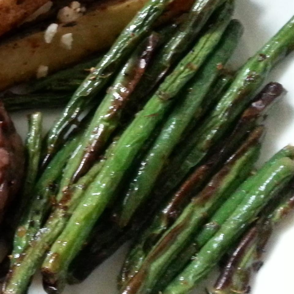 Simple and Tasty Green Beans tonia.st