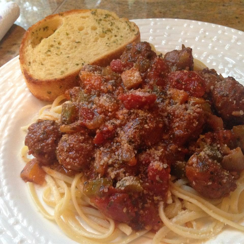 Sweet Italian Sausage Ragout with Linguine Gretch