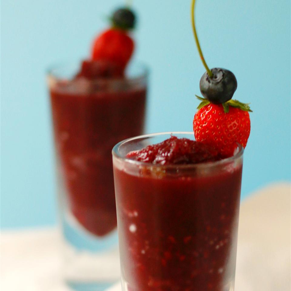 Berrylicious Frozen Sangria Slush foodelicious