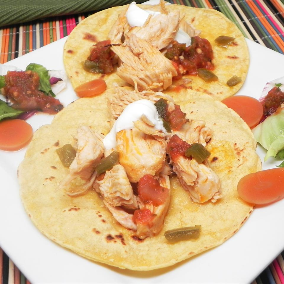 Basic Chipotle Chicken Tacos