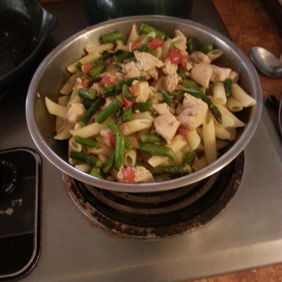 Asparagus, Chicken and Penne Pasta Christa