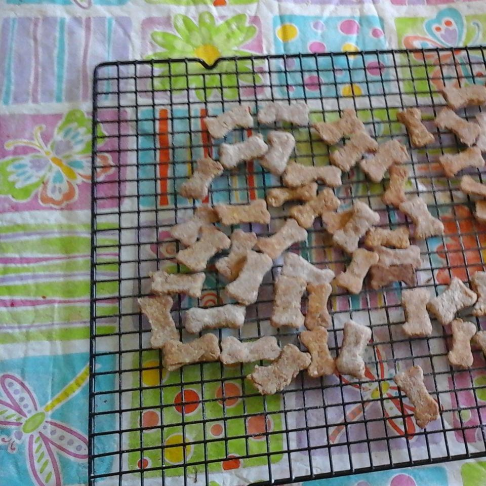 The Best Doggy Biscuits! Jennifer Whittle