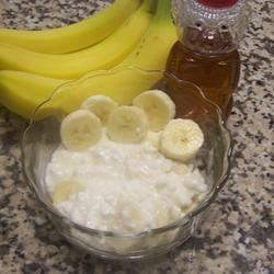 Sweet Cottage Cheese and Bananas