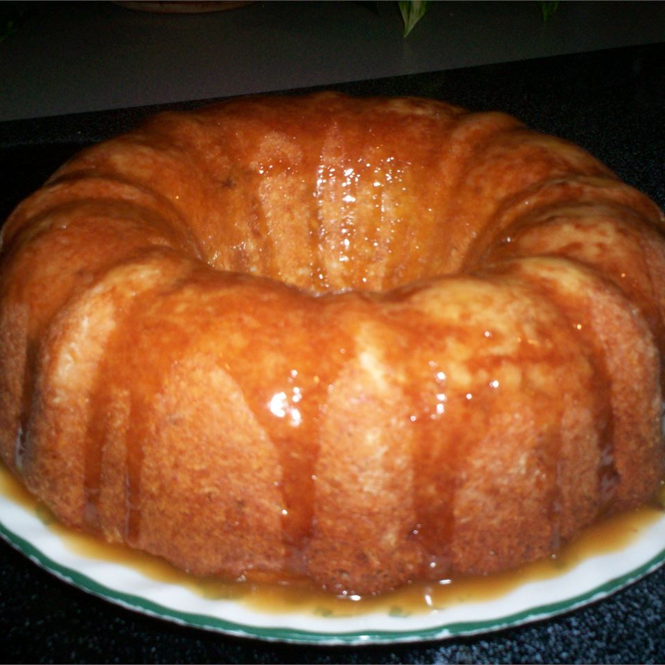 Pol's Apple Cake Cynthia Baughman