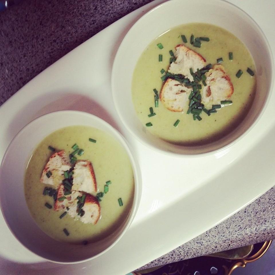Cream of Green Garlic and Potato Soup Agie Sznajdrowicz