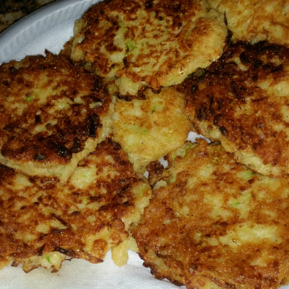 The Best Zucchini Fritters Ever