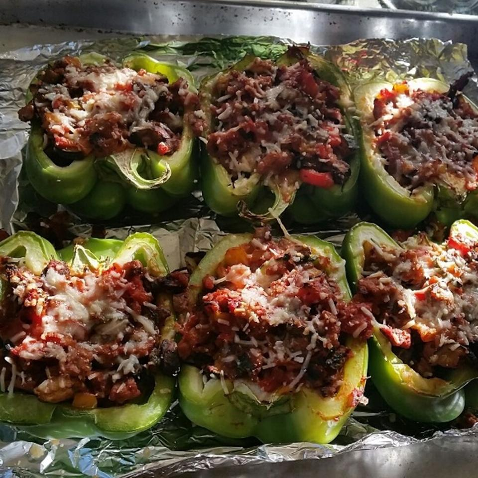 Stuffed Peppers with Turkey and Vegetables mikeh