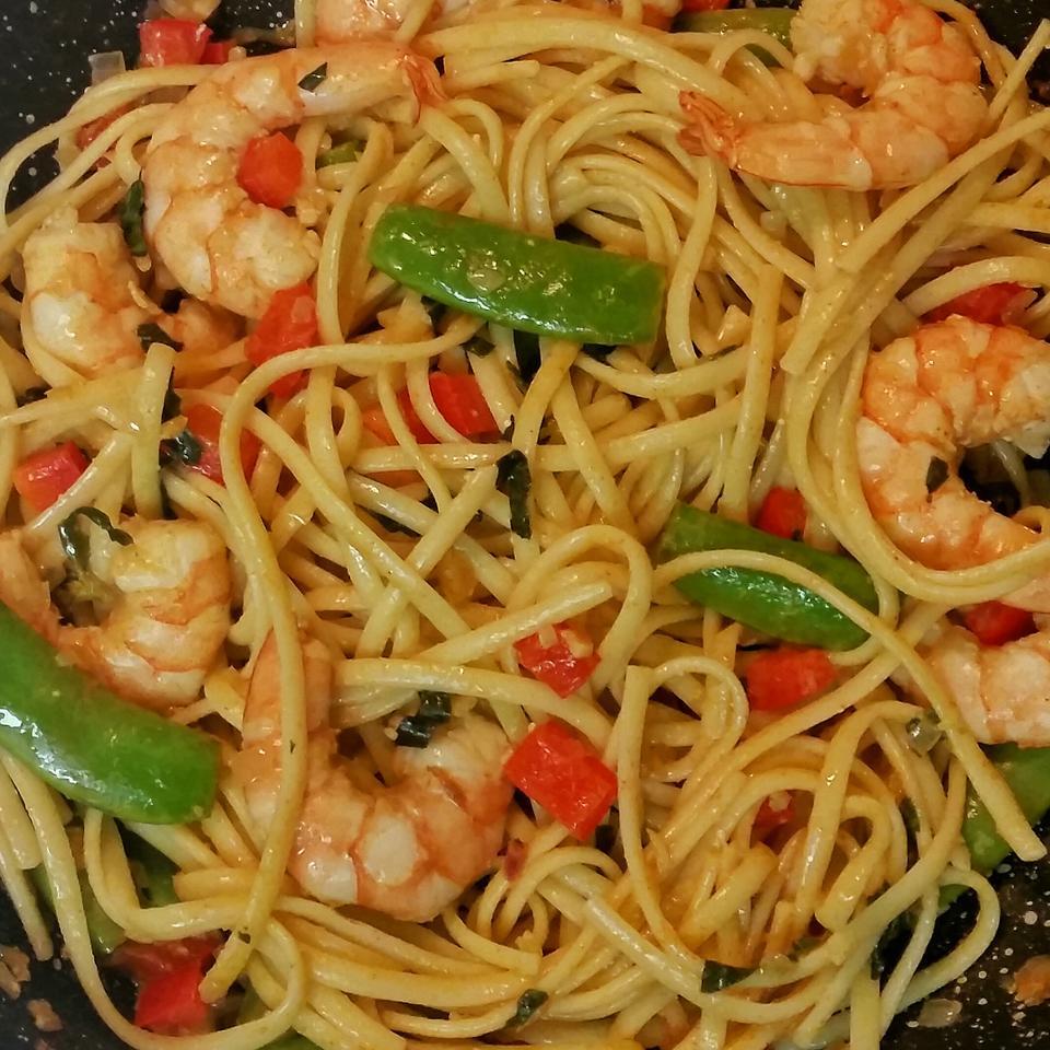 Shrimp and Sugar Pea Pasta