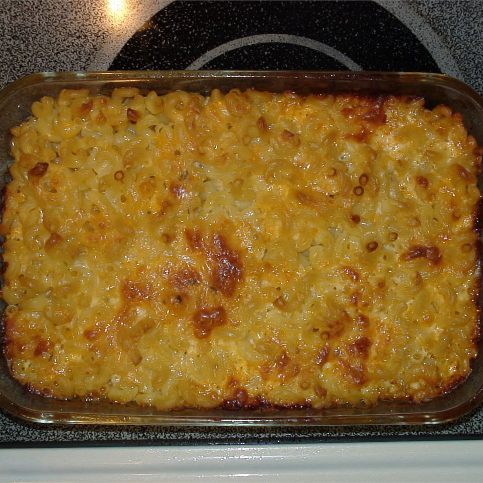 Lisa's Macaroni and Cheese krzylittlecara